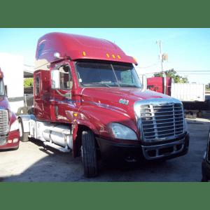 2009 Freightliner Cascadia in FL