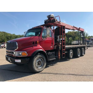 2005 Sterling LT9513 Crane Truck
