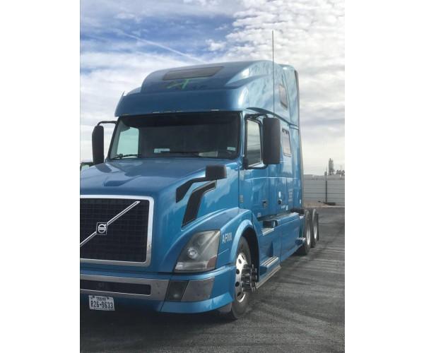 2012 Volvo VNL 780 in TX