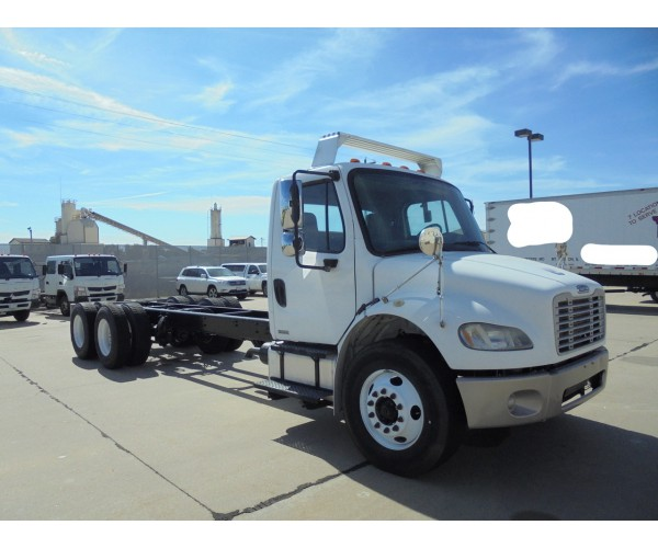 2007 Freightliner M2 Cab&Chassis in IL