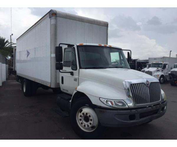 2006 International 4300 Box Truck 1