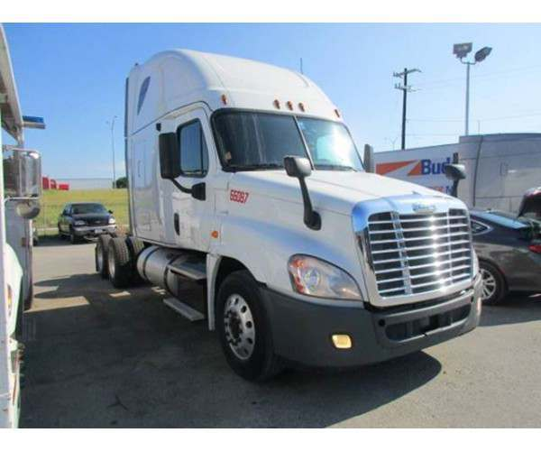 2013 Freightliner Cascadia 4