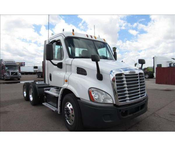 2013 Freightliner Cascadia Day Cab14