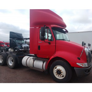 2009 International 8600 Day Cab in WI