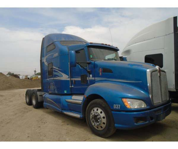 2011 Kenworth T660 in CA
