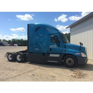 2017 Freightliner Cascadia in WI