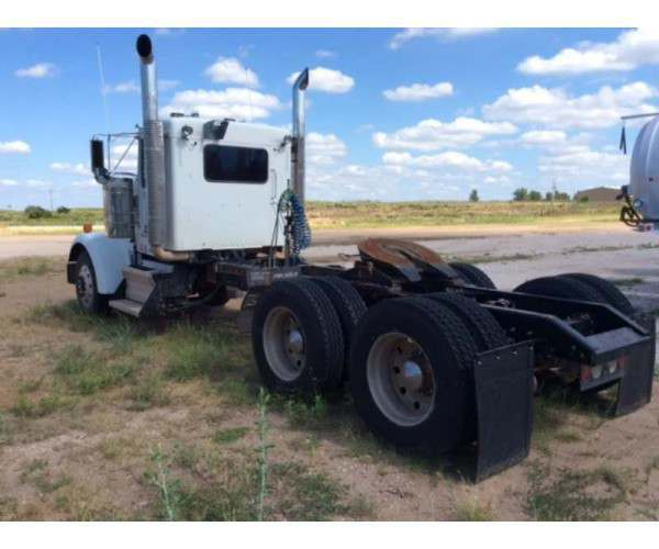 2009 Kenworth W900L Day CabM352