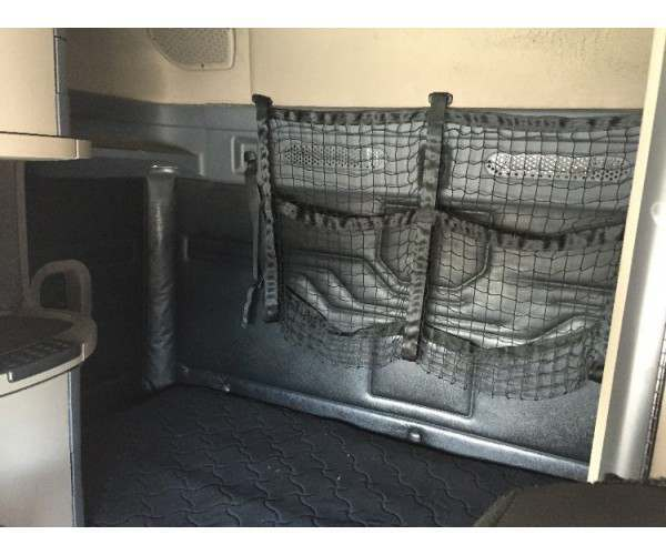 2013 Freightliner Cascadia sleepers - wholesale