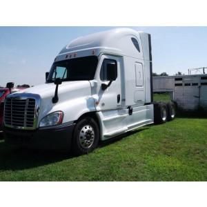 2016 Freightliner Cascadia in AL