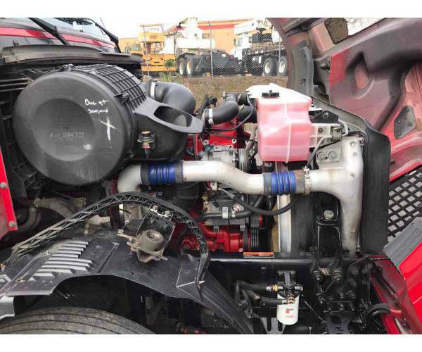 2010 Volvo VNL 6702