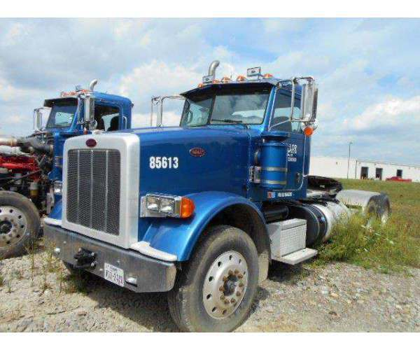 2011 Peterbilt 367 Day Cab 7