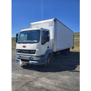 2010 Peterbilt 220 Box Truck