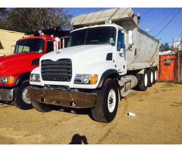2004 Mack CV713 Dump Truck 1
