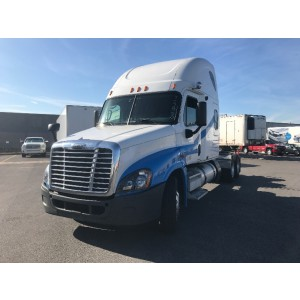 2009 Freightliner Cascadia in MO