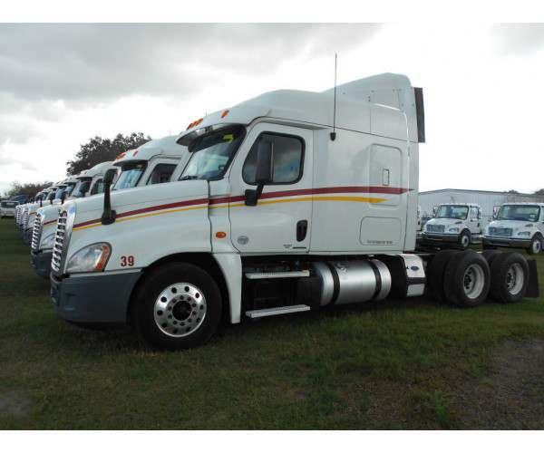 2012 Freightliner Cascadia 5