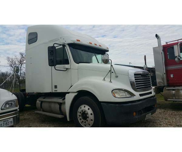 2007 Freightliner Columbia MBE, 10 speed manual, NCL Truck Sales