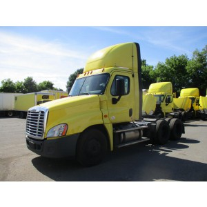 2005 Freightliner Columbia in PA