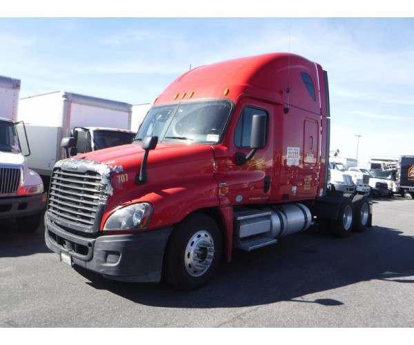 2009 Freightliner Cascadia 8