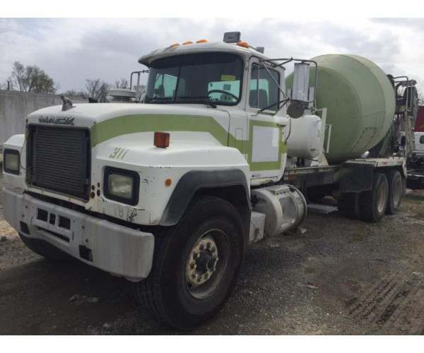 1997 Mack RD690S Mixer trucks - NCL Truck Sales - Wholesale