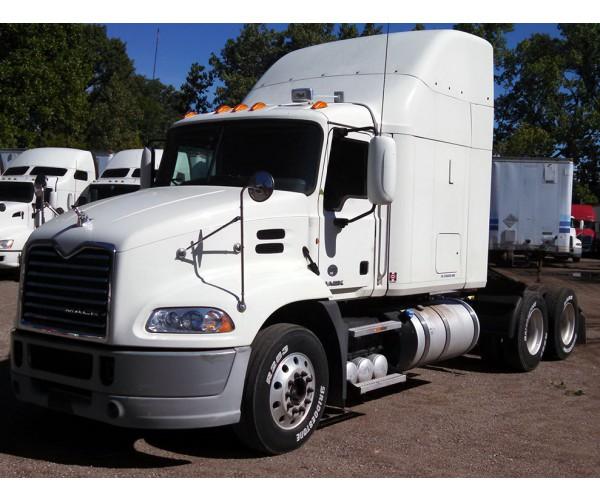 2013 Mack CXU613 in TX
