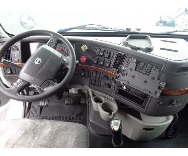 2011 Volvo VNL 630 3