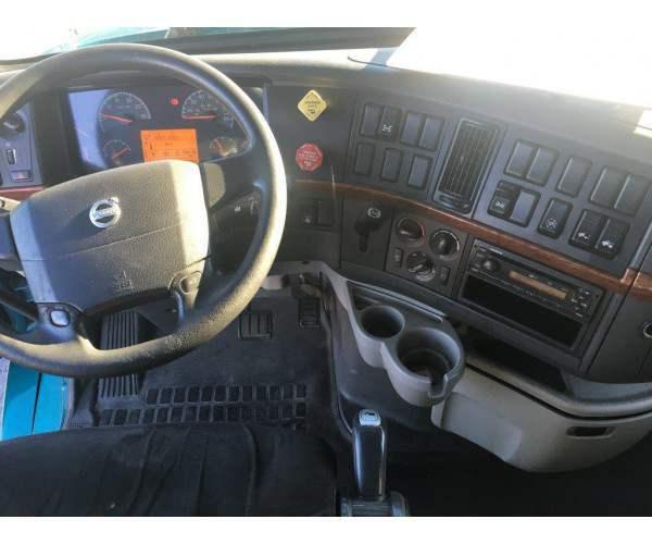 2012 Volvo VNL 780 3