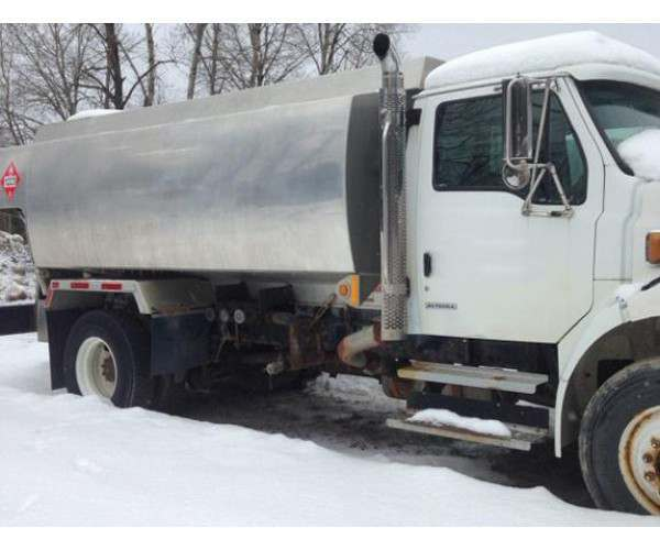 2005 Sterling Acterra Fuel Truck 2