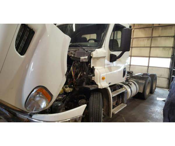 2012 Freightliner Cascadia Day Cab with DD13 in Montana, wholesale, NCL Truck Sales