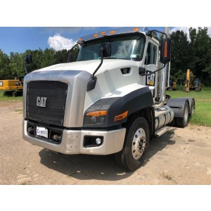 2015 CAT CT660S Day Cab in LA