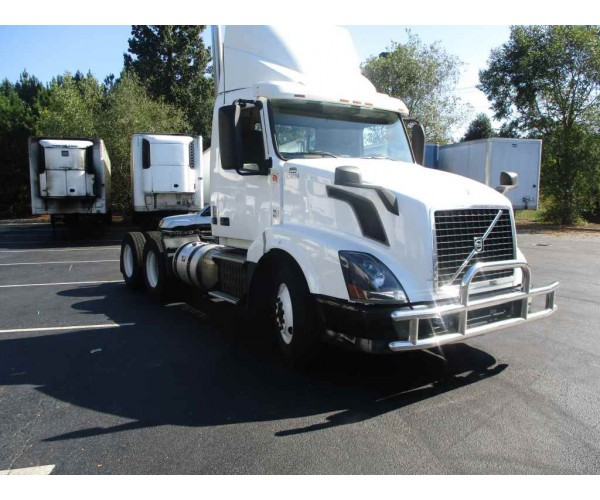 2012 Volvo VNL 300 Day Cab in GA