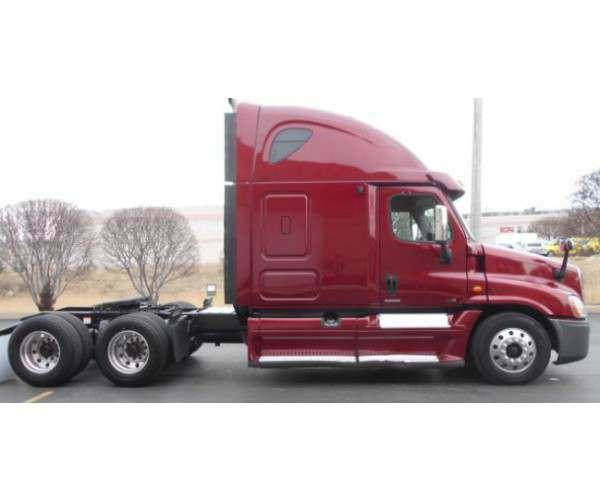 2012 Freightliner Cascadia 10