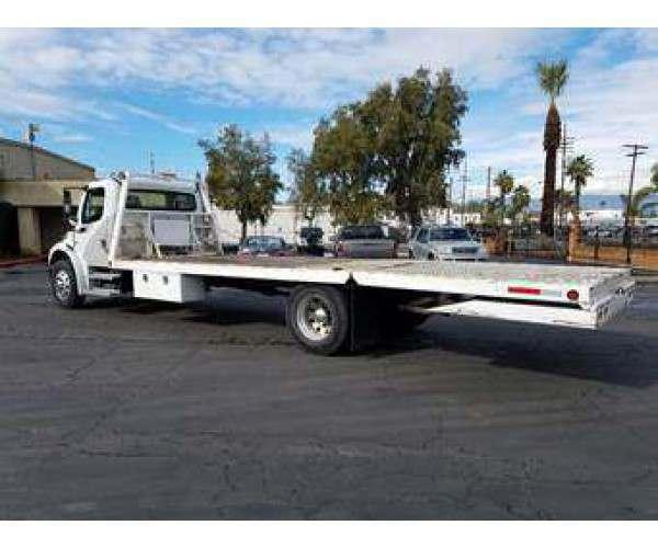 2007 Freightliner M2 Flatbed Truck 4