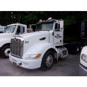 2011 Peterbilt 386 Day Cab in MD