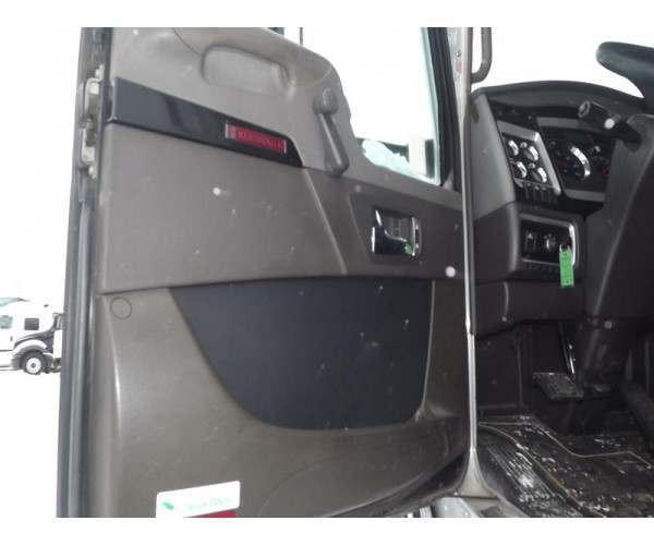 2012 Kenworth T660 7