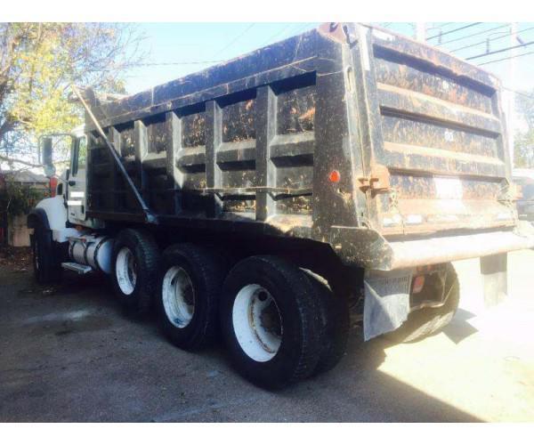 2005 Mack CV713 Dump Truck 1