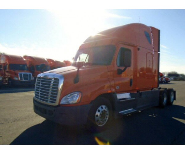 2013 Freightliner Cascadia in PA