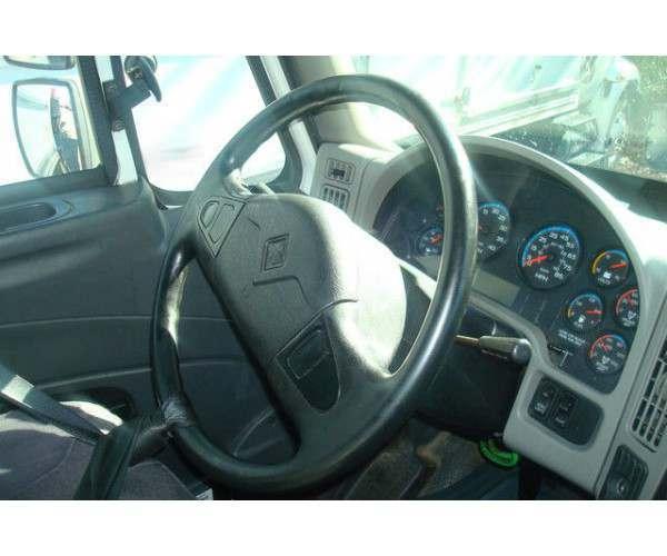 2009 International 8600 Day Cab 7