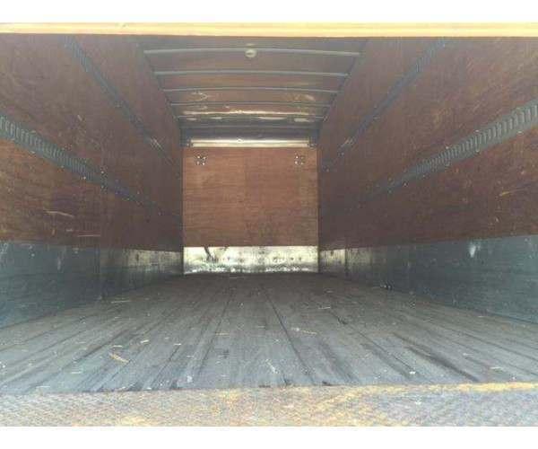 2009 Freightliner M2 Box Truck 3
