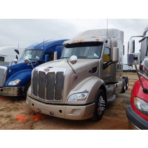 2014 Peterbilt 579 in TX