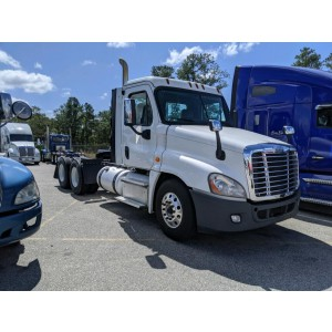 2016 Freightliner Cascadia Day Cab in NC