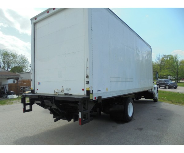 2006 International 4300 Box Truck in IL