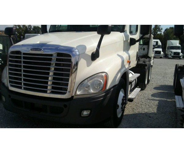 2012 Freightliner Cascadia Day Cab in AL