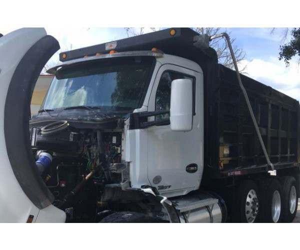 2015 Kenworth T880 Dump Truck7