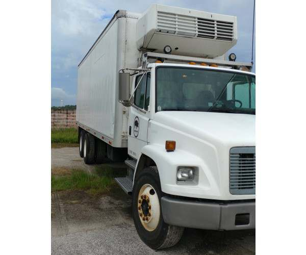 2000 Freightliner FL112 Reefer Truck in FL