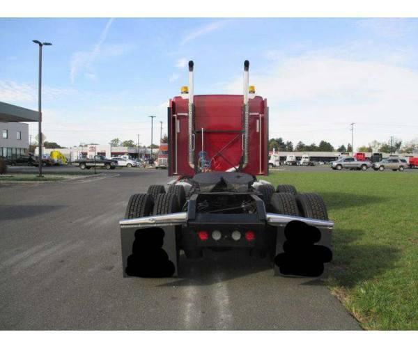 2012 Kenworth T660 1