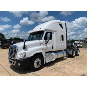 2013 Freightliner Cascadia in MS