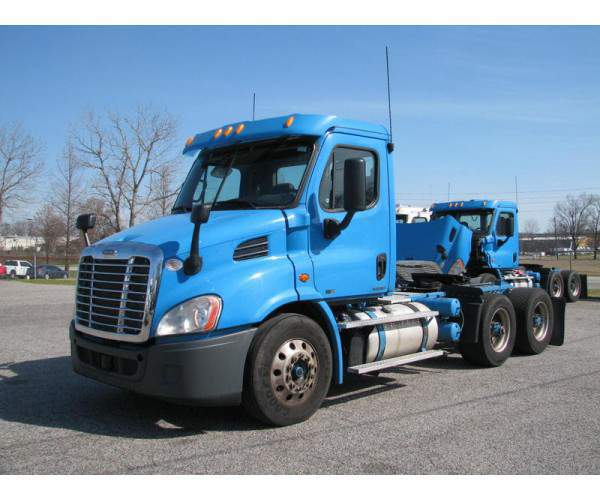 2012 Freightliner Cascadia Day Cab in GA