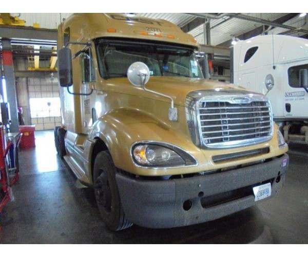 2009 Freightliner Columbia1