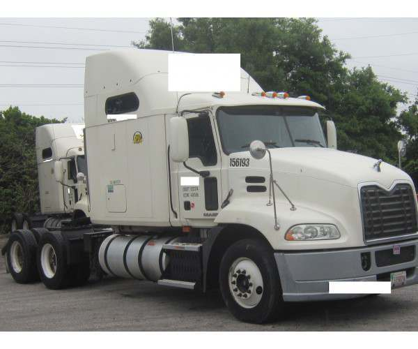 2010 Mack CXU613 Pinnacle