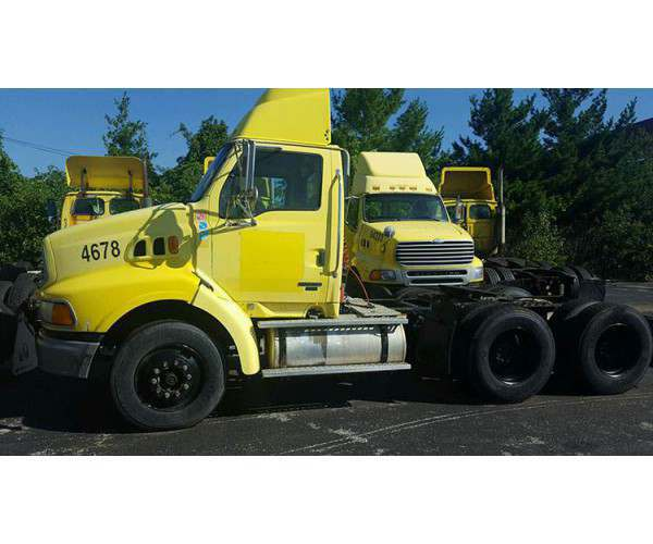 2004 Sterling A9500 Day Cab 1